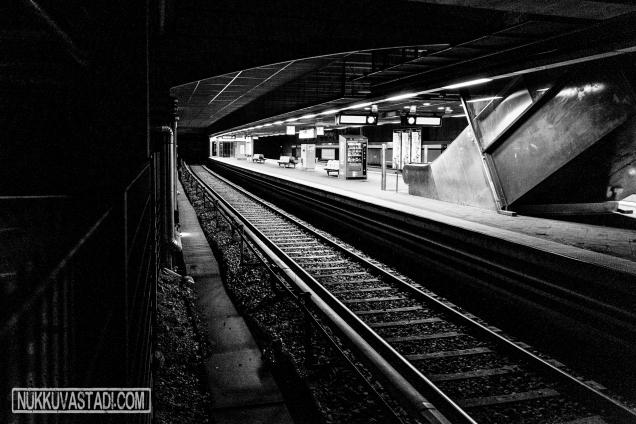 Kontulan metroasema, 04.45.